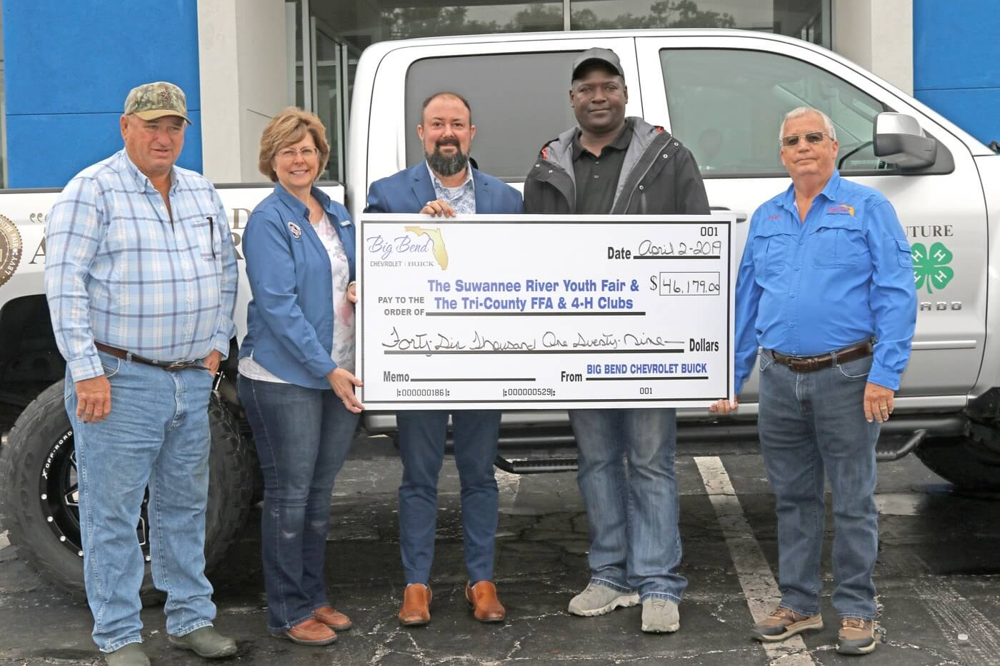 big bend donates money to local 4H and FFA